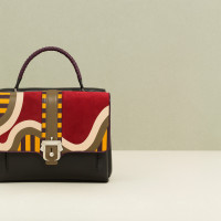 Paula-Cademartori_Fall-Winter-2014-15_Faye-Hand-Bag_Multicolour_Nappa_Suede_Geometric-Design_detail-1280x822
